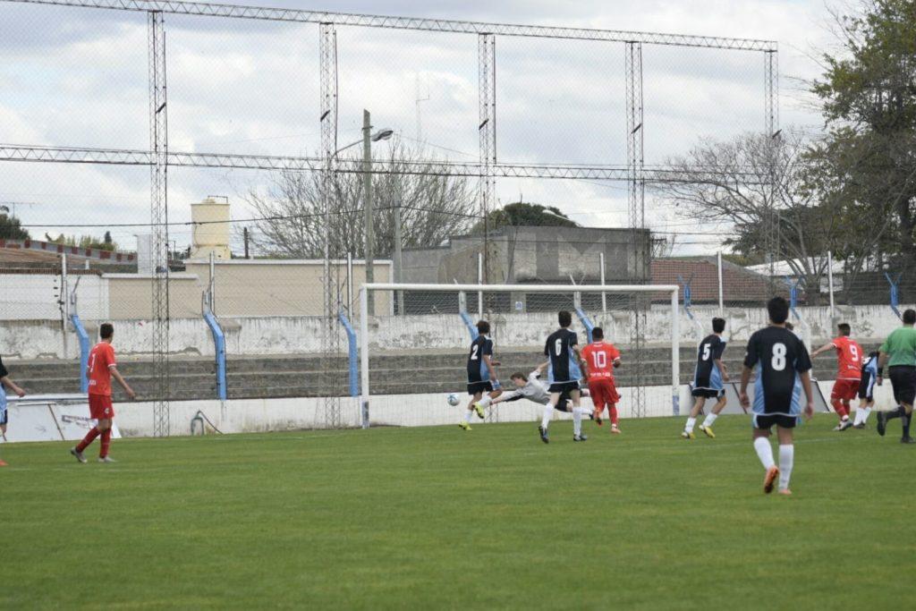 Mar del Plata casi se aseguró el pase a la final provincial.