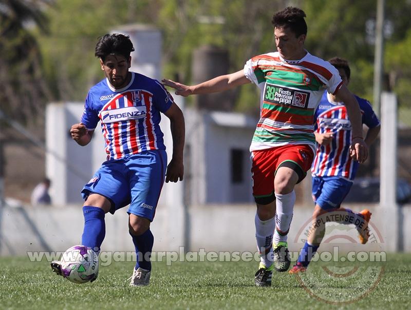 Libertad y Círculo Deportivo animaron uno de los duelos de la tarde. (Foto: Diego Berrutti)