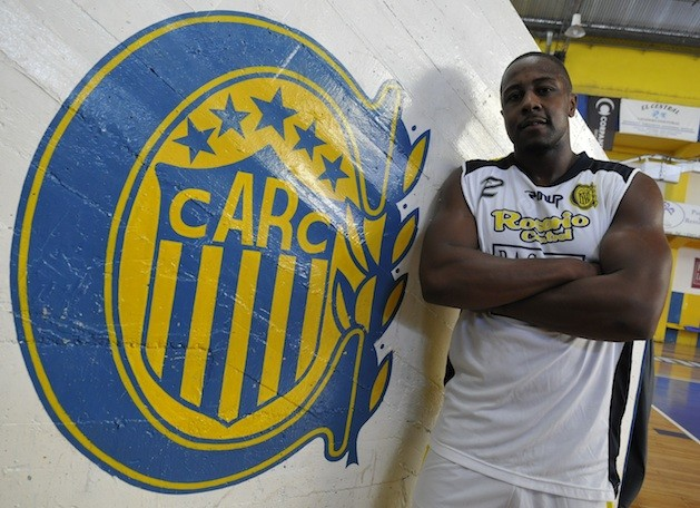 Marcus Morgan se suma a Quilmes.