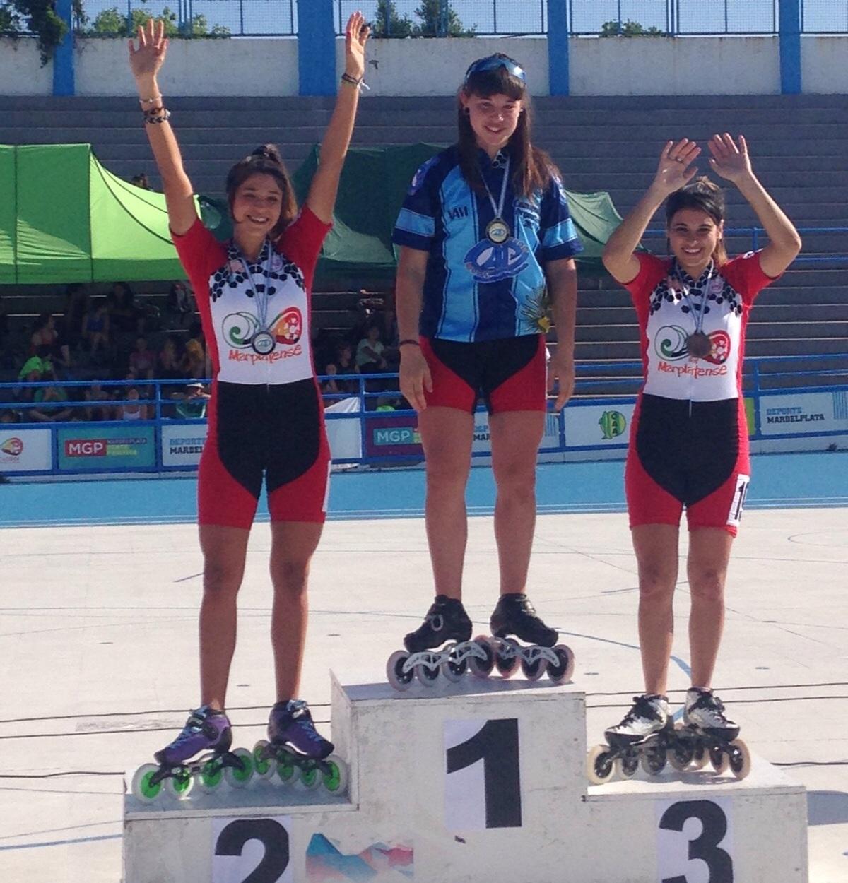 Brisa Bianchetin, Camila Gaete y María Paz Elorriaga en un podio totalmente marplatense.