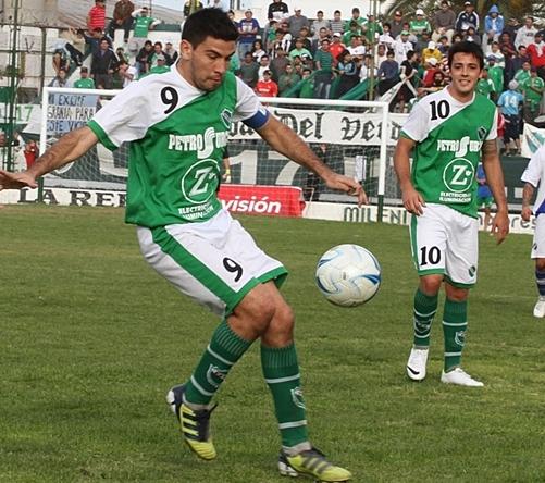 Alexis Blanco en su última temporada jugando para Ferro.