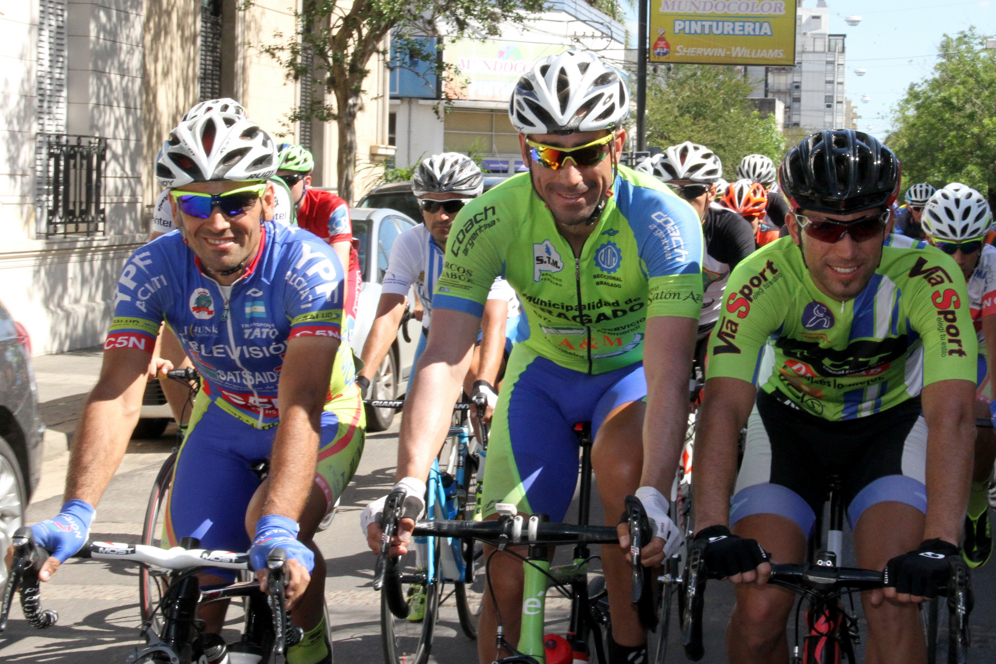Los marplatenses presentes en el Giro por la Hermandad.
