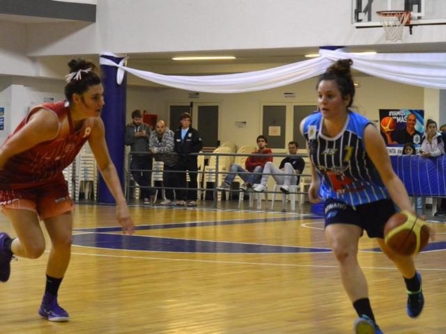 Valeria de Cabo en plena acción. (Foto: Ignacio Saraceno)
