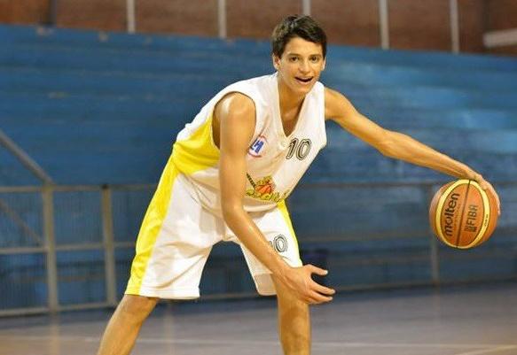 Juan Ignacio Marcos, base U15 que reclutó Peñarol.