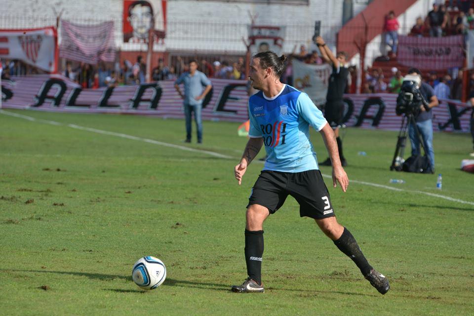 Nahuel Santos es el nuevo refuerzo de Alvarado. (Foto: Pedro Celano)