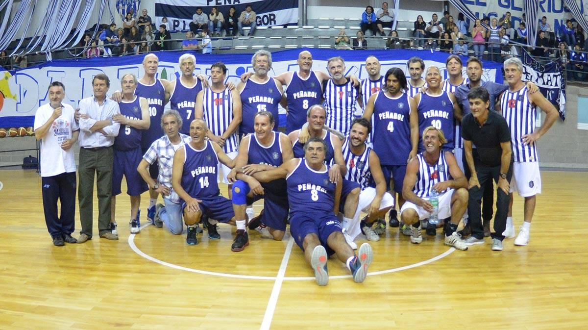 Todos los jugadores que participaron el Juego de las Estrellas. (Foto: Prensa Peñarol)