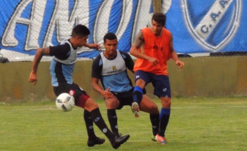 Alvarado superó a Belgrano en su primer amistoso. (Foto: Prensa Alvarado)