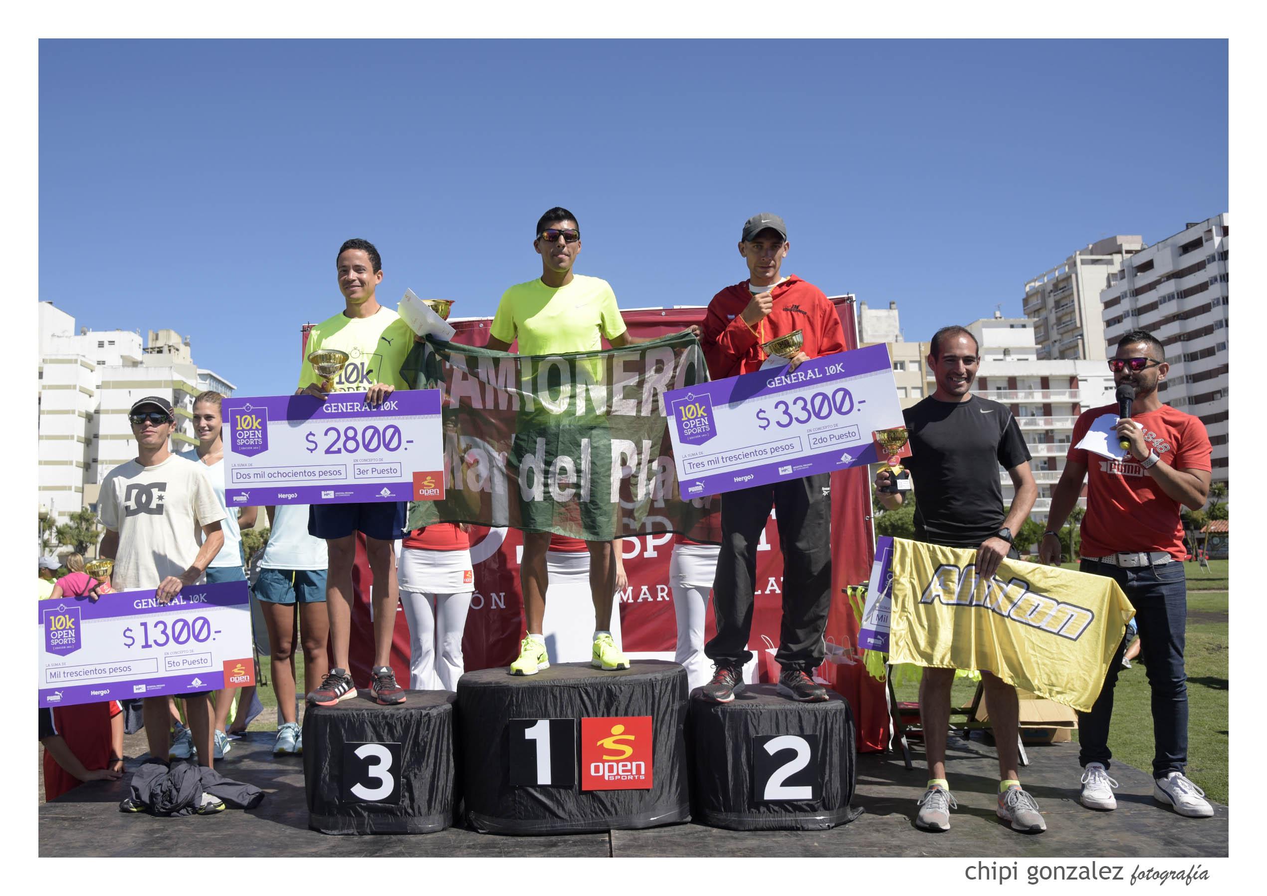 El podio de los 10K de Caballeros. (Foto: Chipi González)