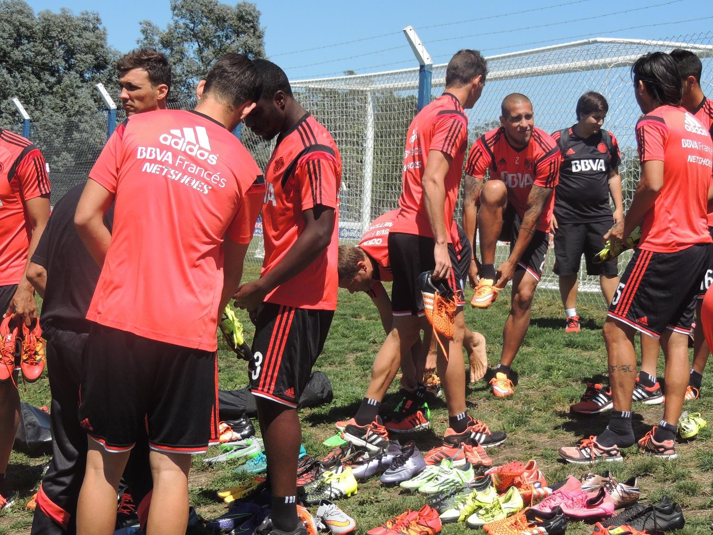 River a punto de iniciar la práctica en la Villa Deportiva de Alvarado. (Foto: Prensa Alvarado)