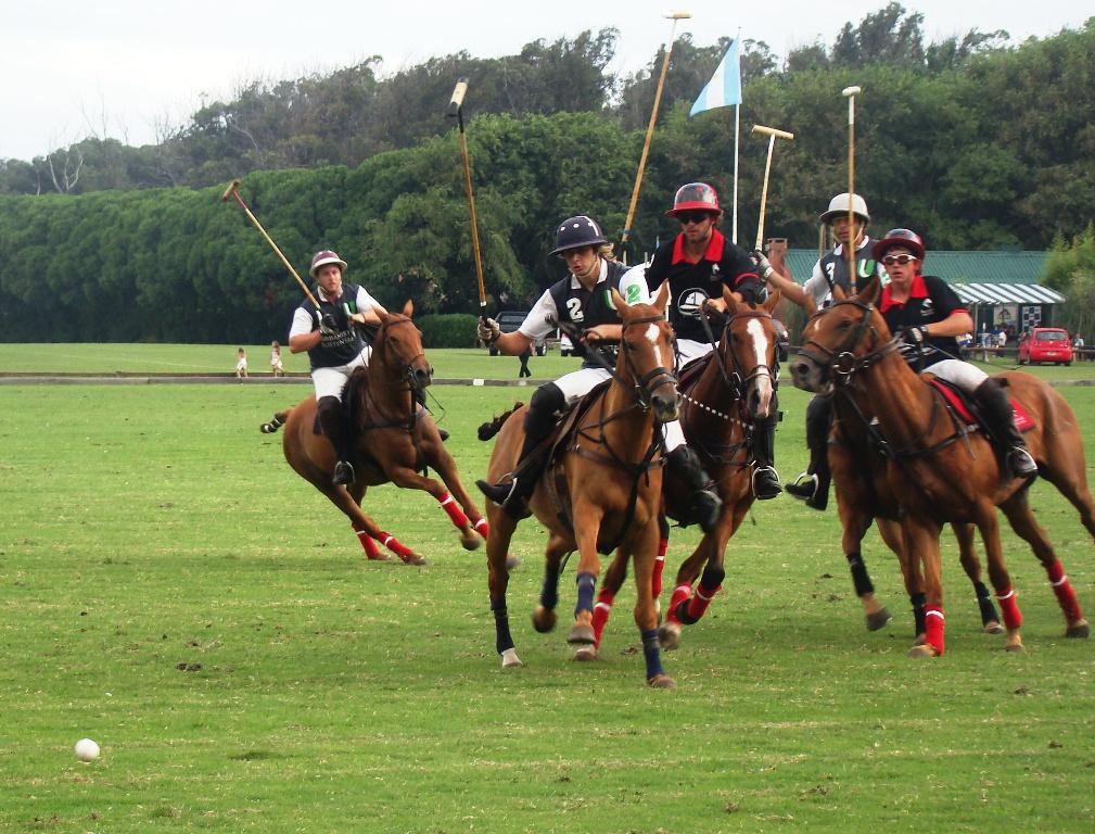 El abierto de polo disputó sus semifinales.