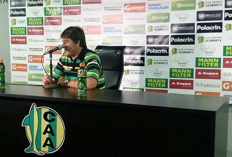 Fernando Quiroz durante la conferencia de ayer. (Foto: Club Aldosivi)