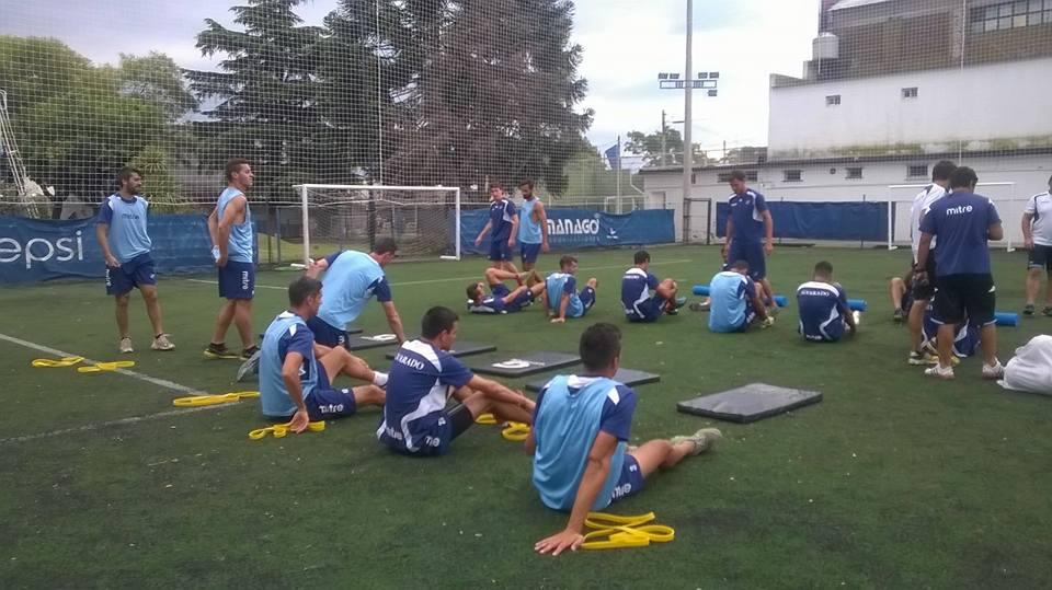 Alvarado empezó a entrenar pensando en Defensores de Belgrano de Villa Ramallo. (Foto: Club Alvarado)