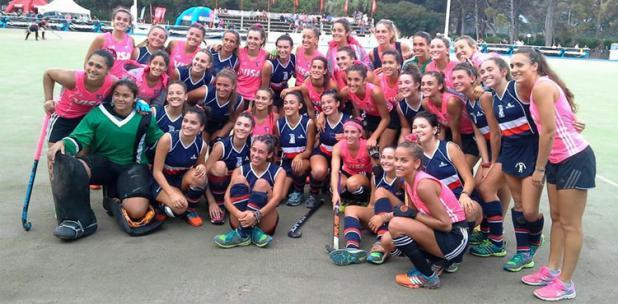 El grupo de Las Leoncitas que está disputando la Copa Patagonia.