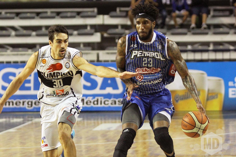 Todd Brown abandonó Peñarol. (Foto: Carlos De Vita)