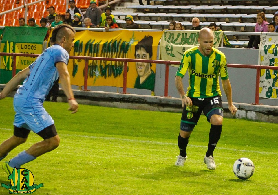 Cristian Llama volvería como titular el domingo.
