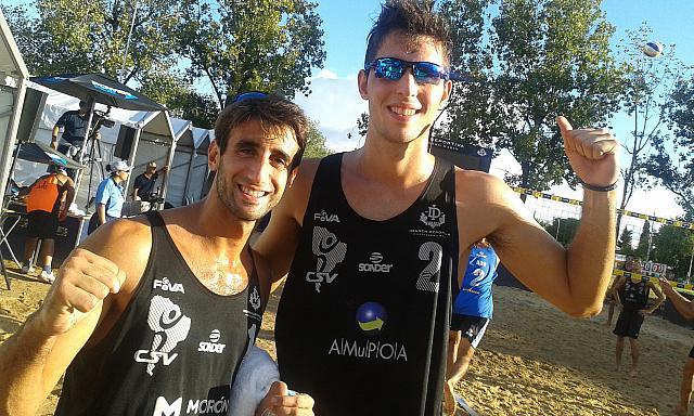 Mehamed y Capogrosso contentos con su logro.