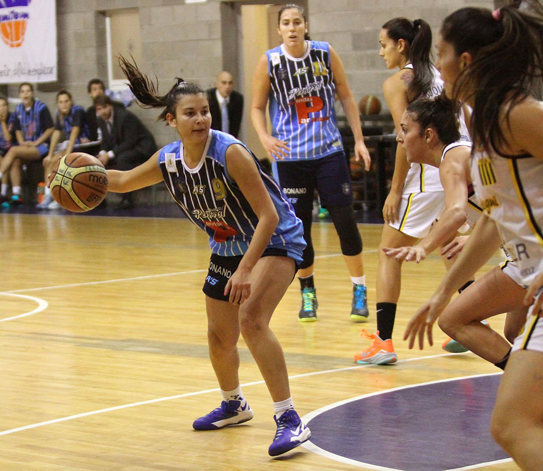 Una vez más la base del equipo estará en manos de Muriel Sauan (Foto: Prensa Peñarol)
