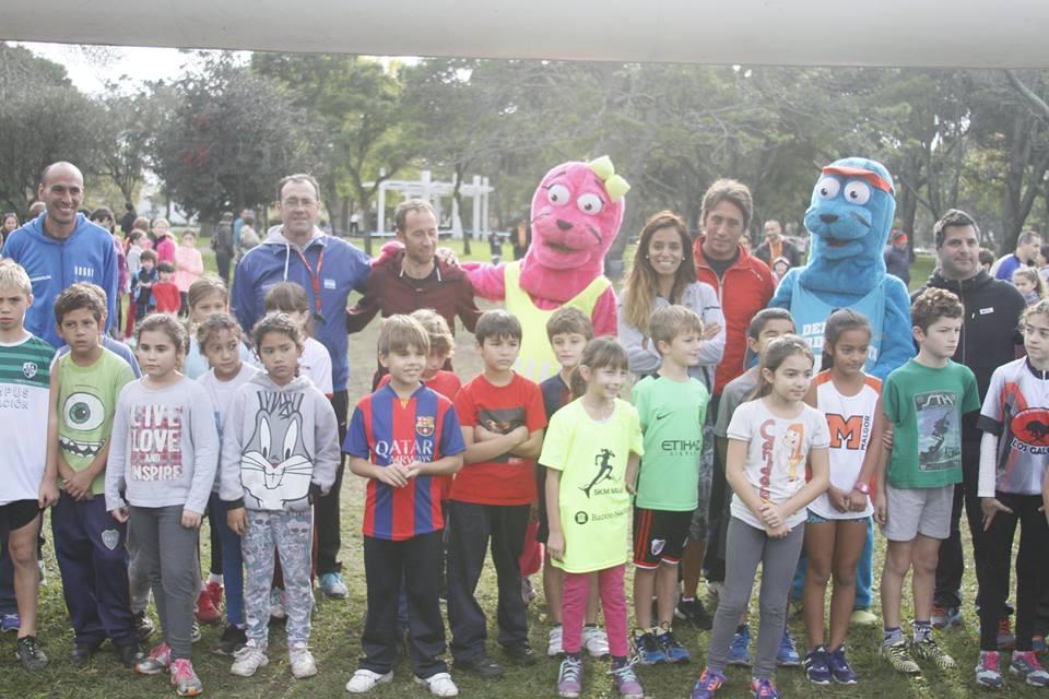 Los participantes en la primera edición del Circuito Municipal de Cross Country.