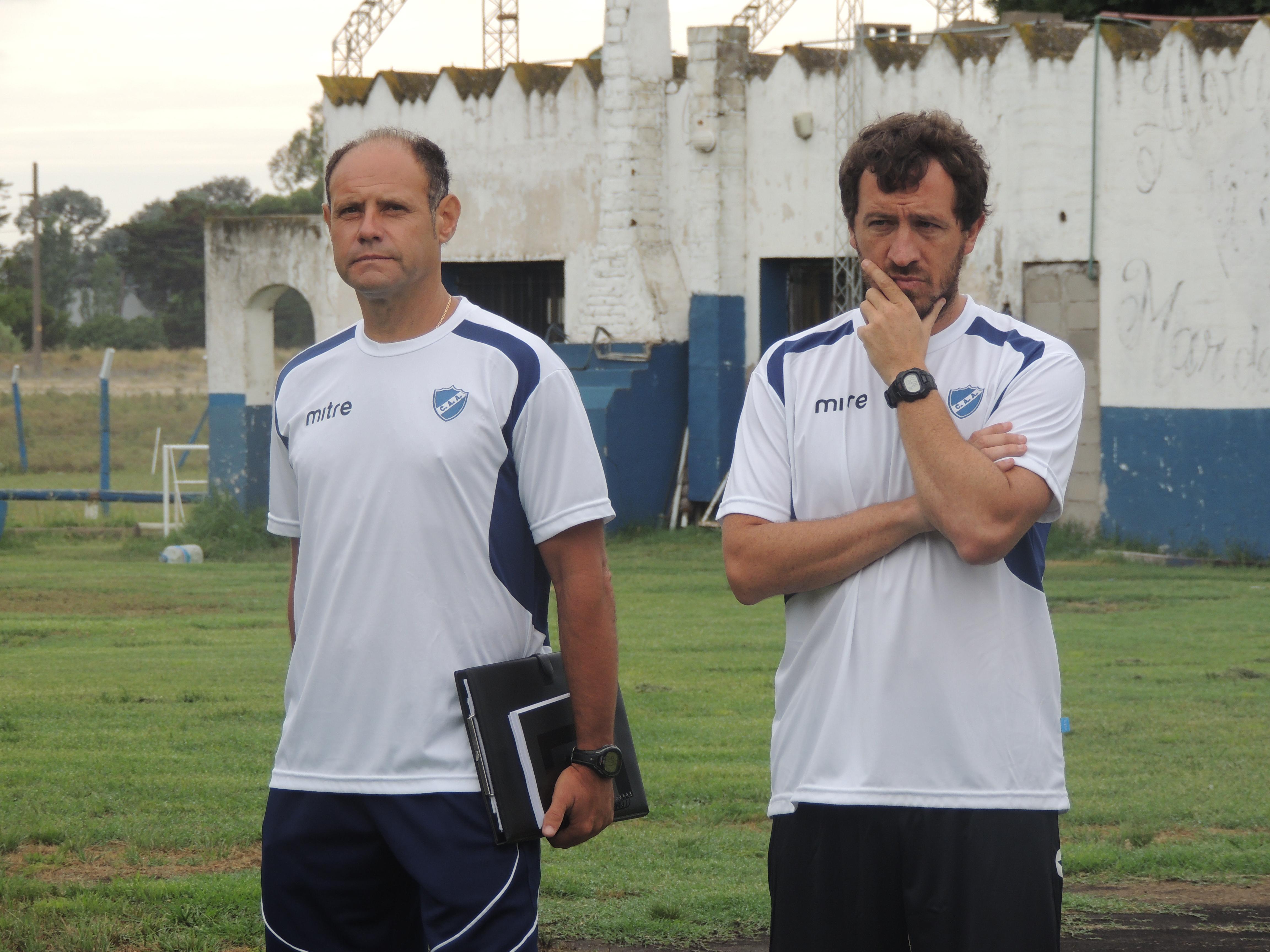 Duilio Botella confirmó el equipo para mañana. (Foto: Prensa Alvarado)
