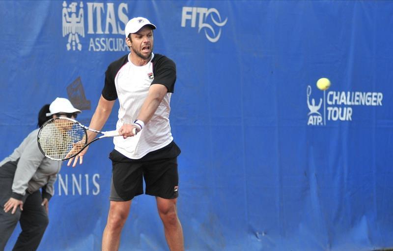Horacio Zeballos jugará mañana las semifinales en Italia.