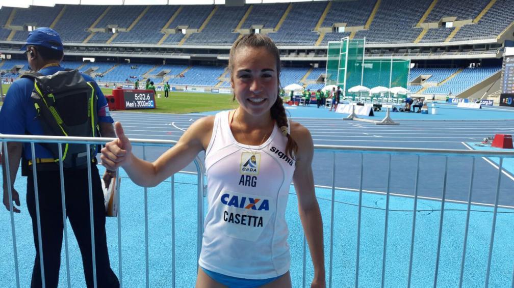 Belén Casetta feliz luego de alcanzar su máximo objetivo.