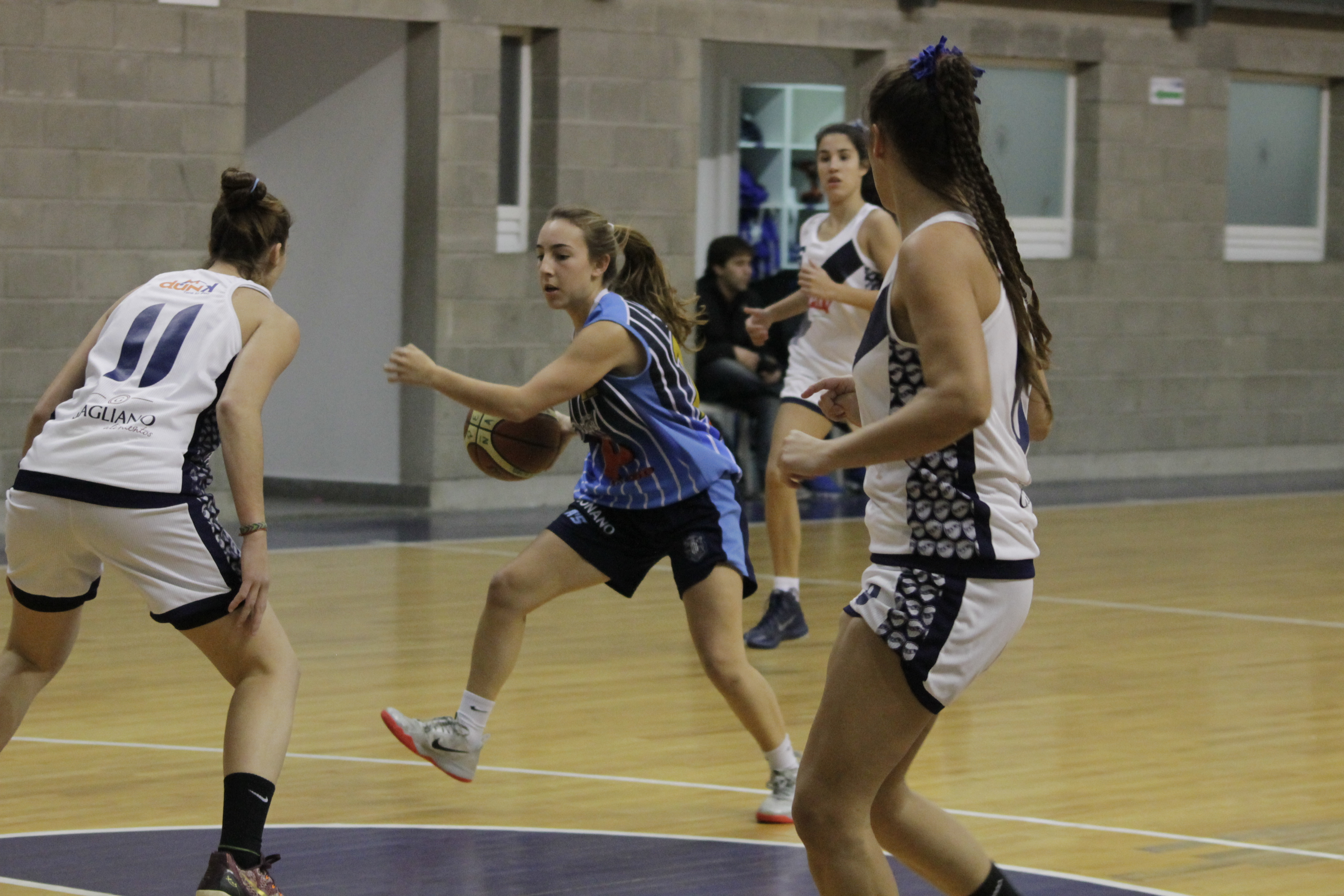 Micaela Barriga Naón en pleno juego. (Foto: Prensa Peñarol)