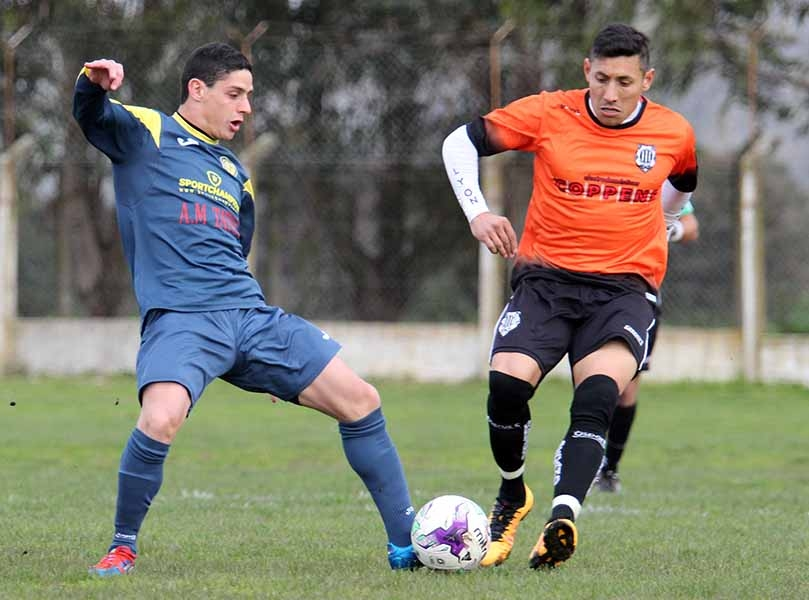 Atlético Mar del Plata tuvo encendido a Jesús Collantes. (Foto: Diego Berrutti)