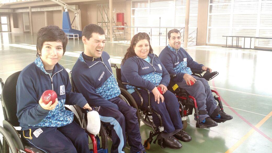El equipo argentino de Boccia con el marplatense Mauricio Ibarbure.