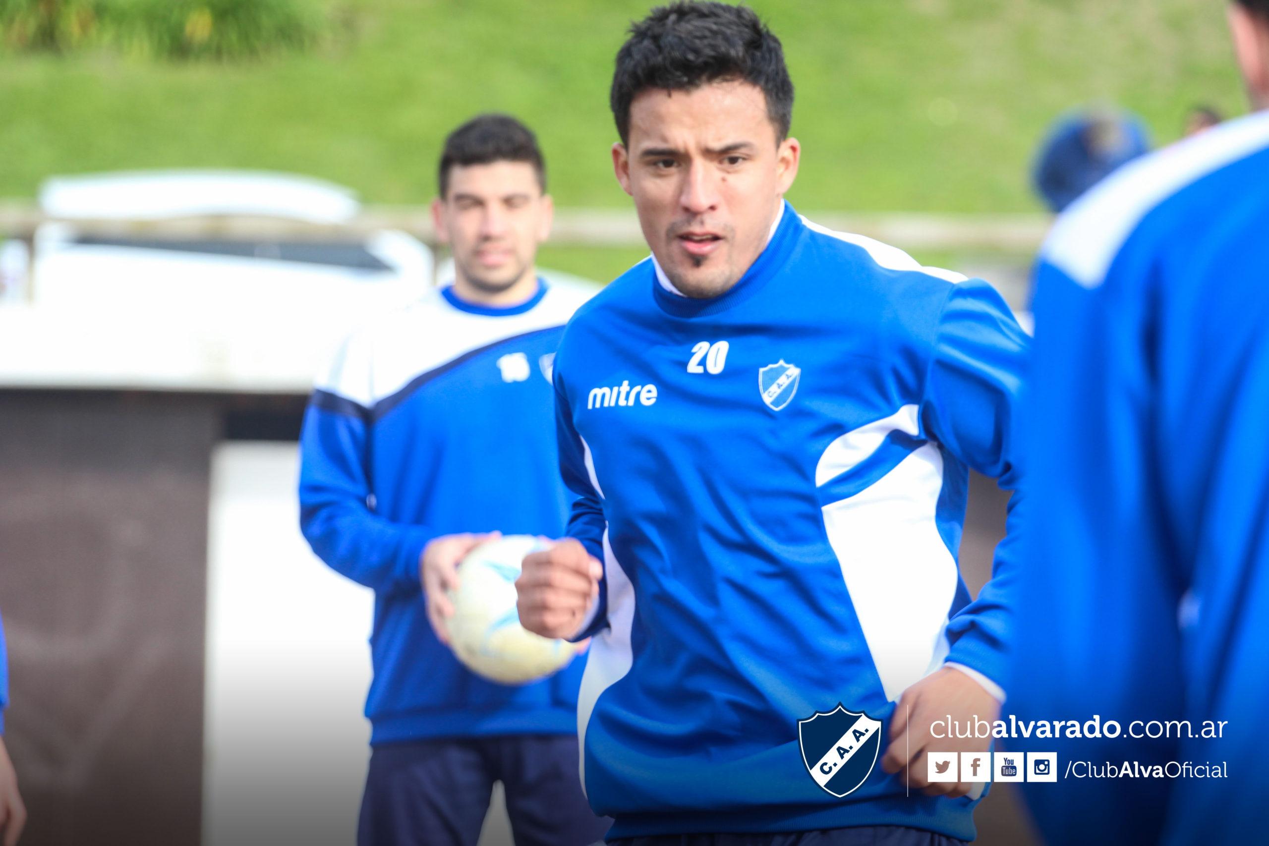 Wilson Albarracín ya entrenó en Alvarado. (Foto: Florencia Arroyos - Club Alvarado)