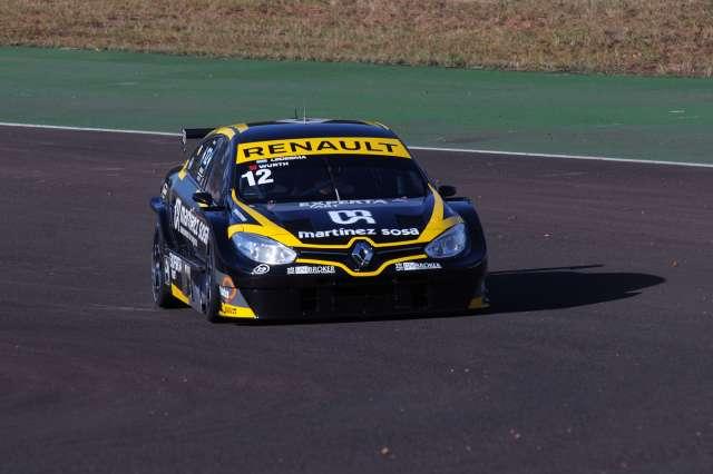 Christian Ledesma girando en Oberá. (Foto: Prensa Super TC 2000)