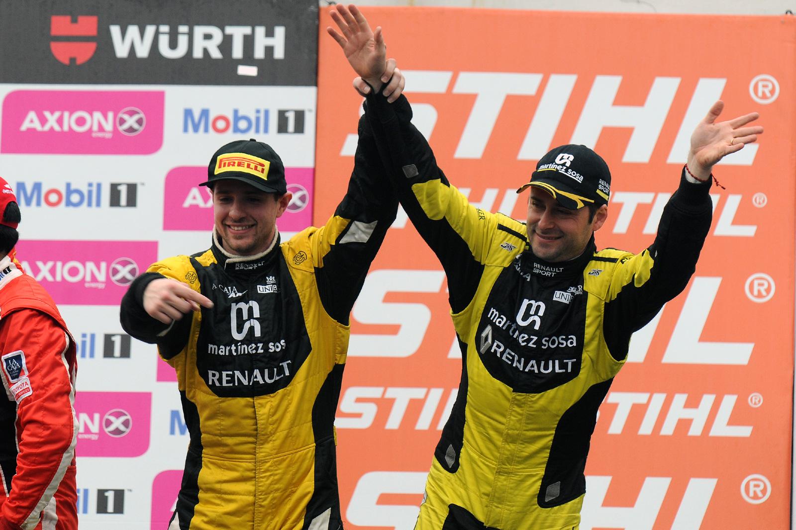 Christian Ledesma y Mauro Giallombardo en el podio del Gálvez (Foto: Prensa Súper TC 2000)