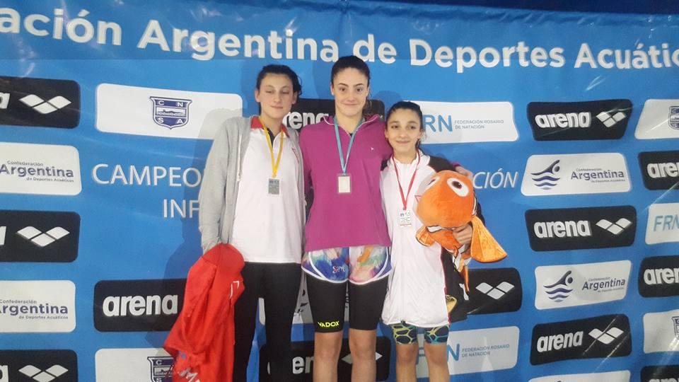 Lucía Gauna en lo más alto del podio en Rosario.
