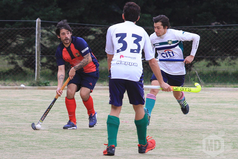 Nahuel Rodríguez, jugador y entrenador del equipo. (Foto: Carlos De Vita)