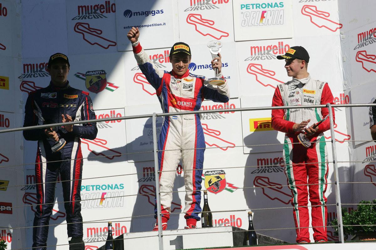 Marcos Siebert en lo más alto del podio en Mugello.