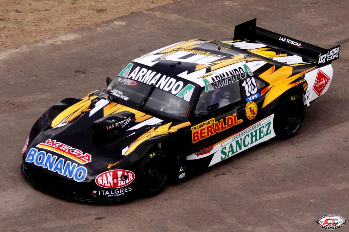 El nuevo auto del marplatense Christian Ledesma en pista. (Foto: Prensa TC)