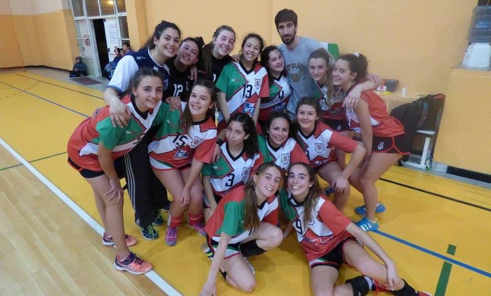El equipo femenino de General Urquiza.