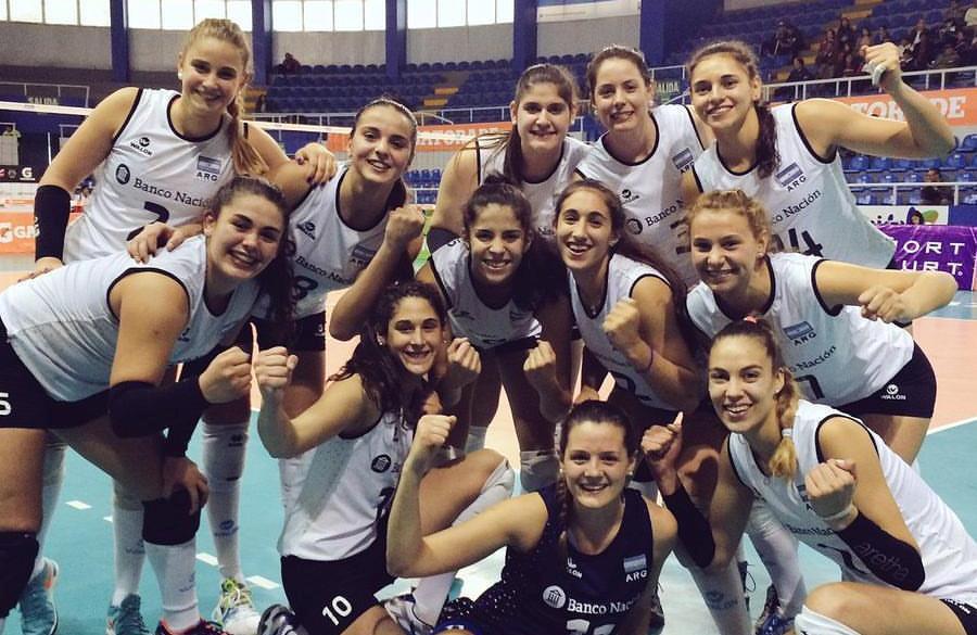 El equipo argentino Sub-23 luego del triunfo de hoy.