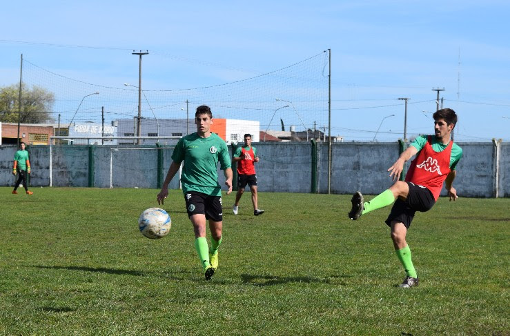 Kimberley realizó su práctica de fútbol de la semana.