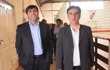 Diego Bossio en la recorrida con el presidente Alejandro Yapuncic.