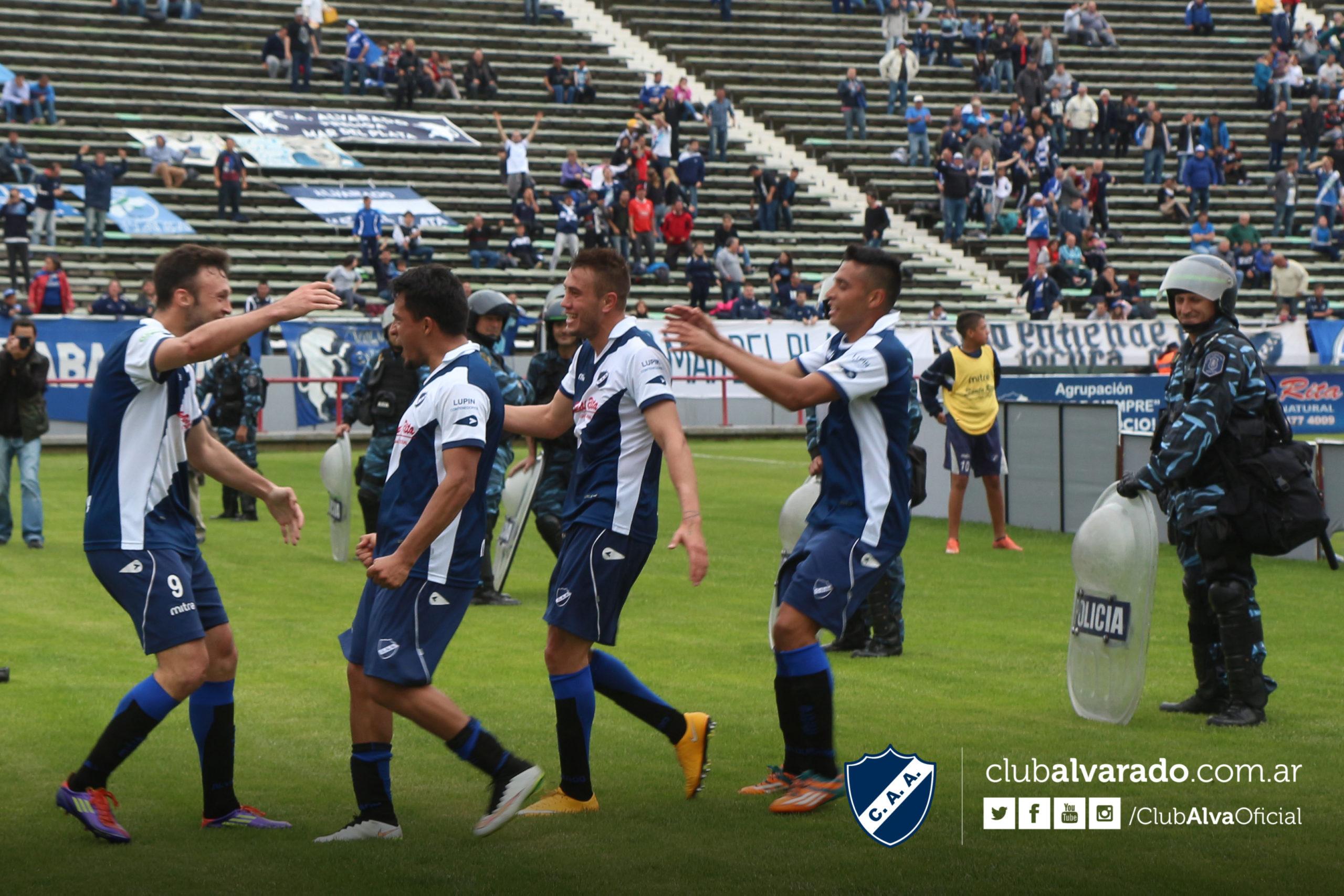Alvarado lo iba ganando nuevamente, pero se lo empataron. (Foto: Rubén Sánchez - Club Alvarado)