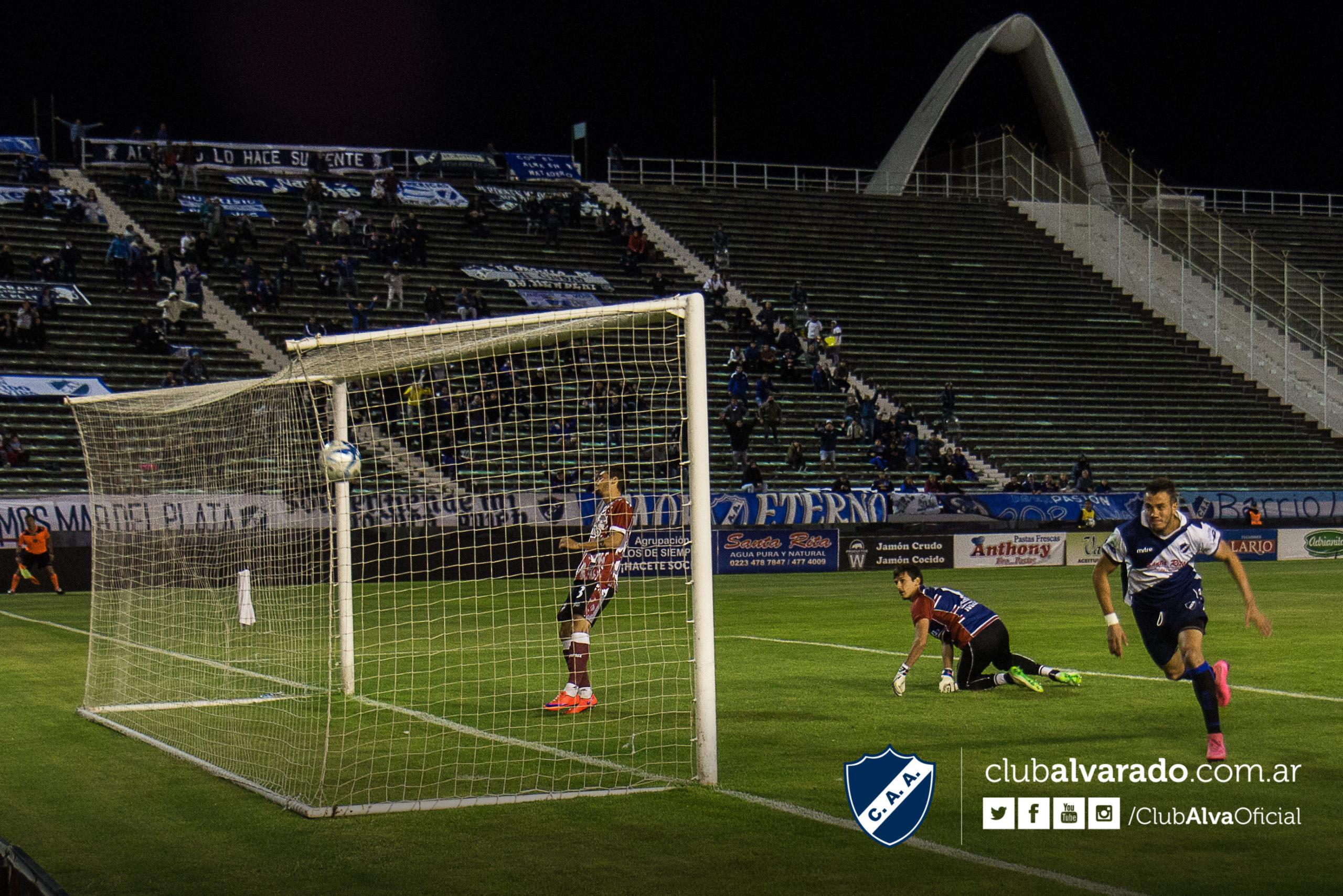 Alvarado consiguió un agónico triunfo en el Minella. (Foto: Rubén Sánchez - Club Alvarado)