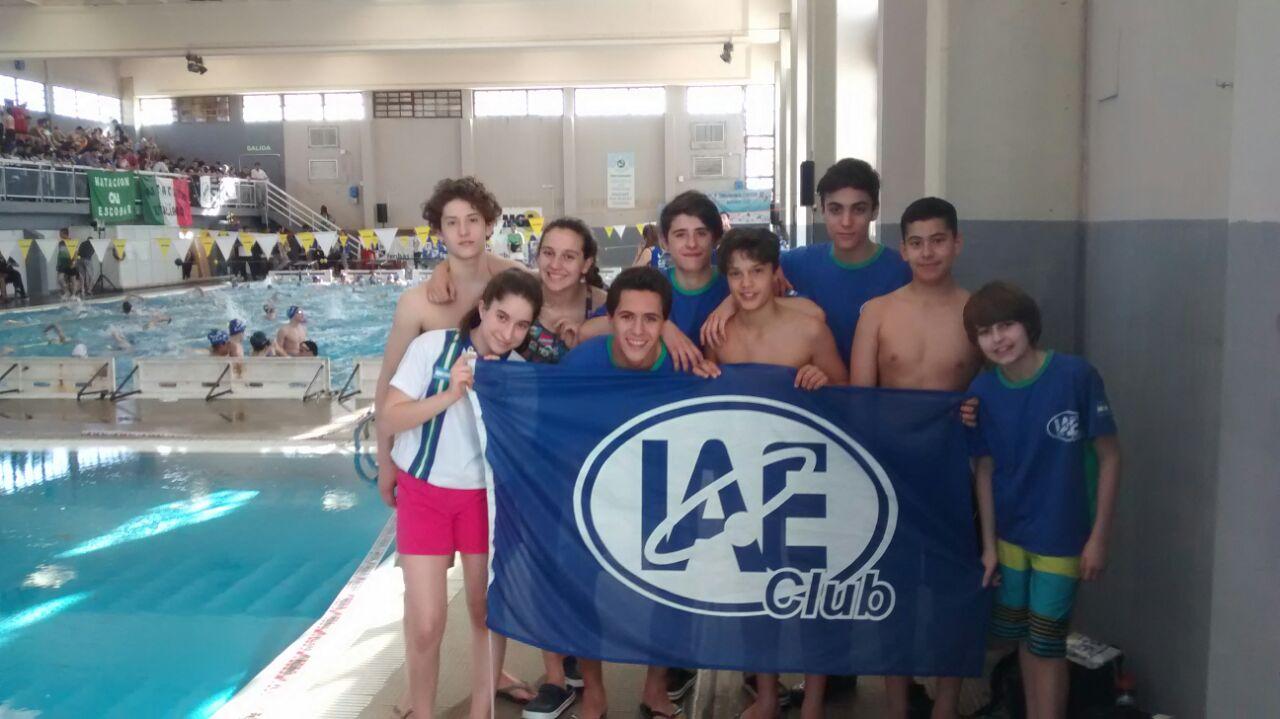 El equipo promocional de IAE Club que viajó a Miramar.