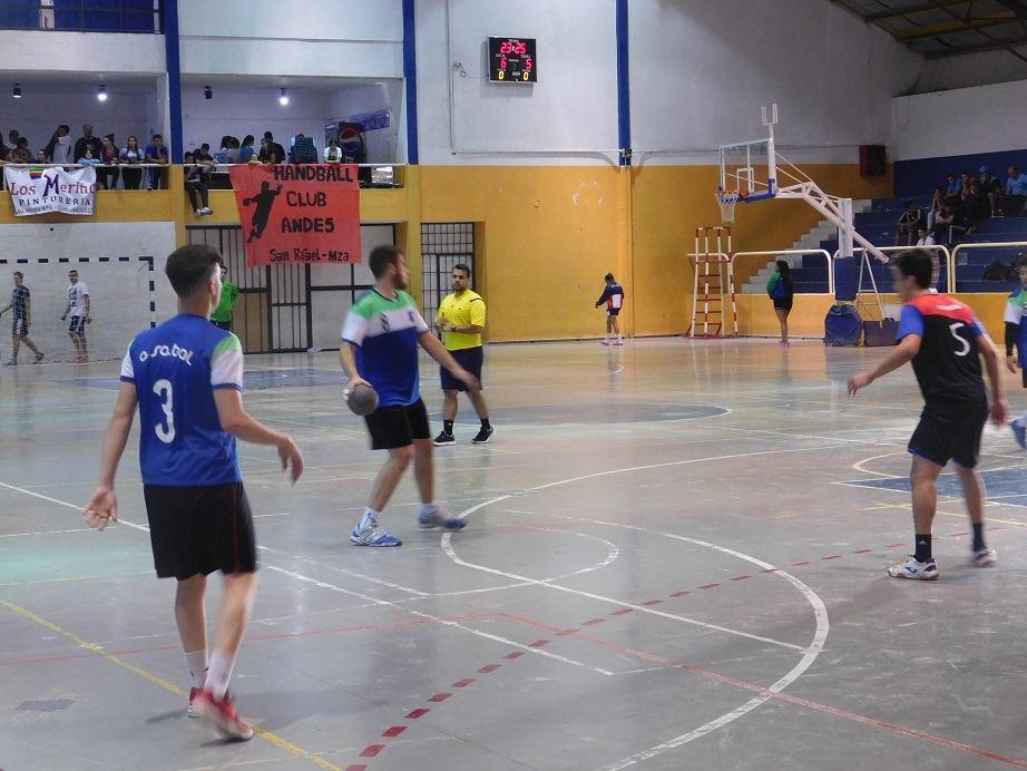 Los dos equipos de ASABAL están en 4º de final.