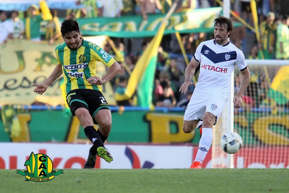 Alan Alegre en el duelo ante Vélez (Foto: Sergio Biale - Club Aldosivi)
