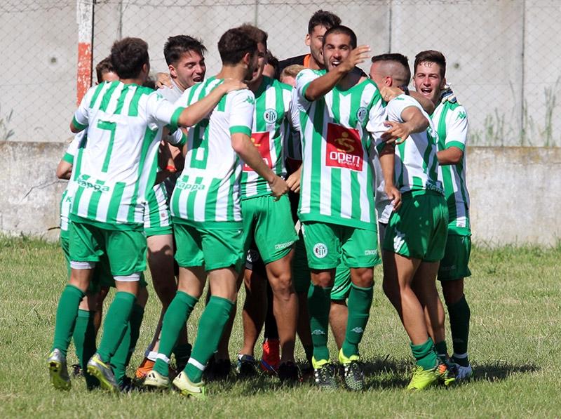 """El """"Dragón"""" tratará de seguir celebrando en el Clausura. (Foto: Diego Berrutti)"""
