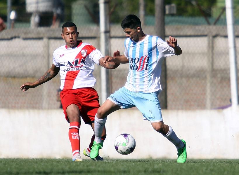 La Liga Marplatense de Fútbol (LMF) tienen que definir los restantes clasificados. (Foto: Diego Berrutti)