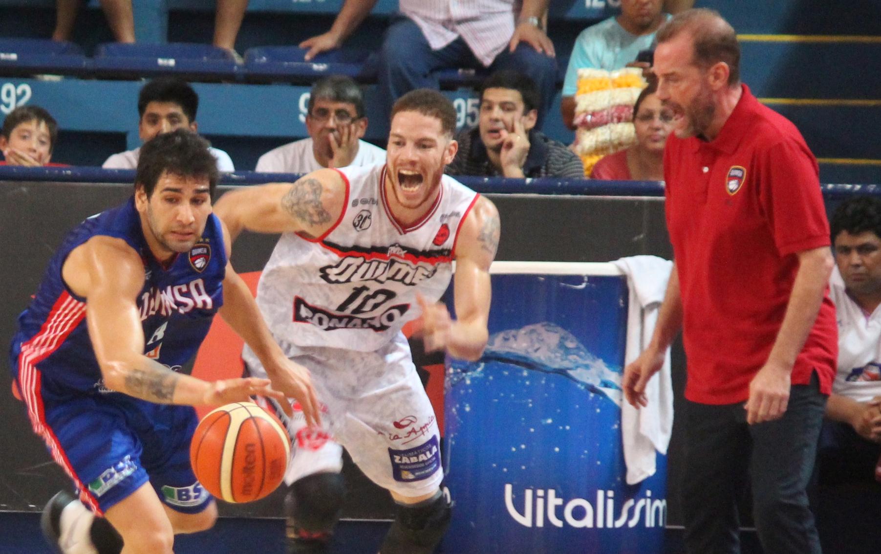 Luciano González, Tracy Robinson y el flamante entrenador Nestor García (Foto: Pasión y Deporte)