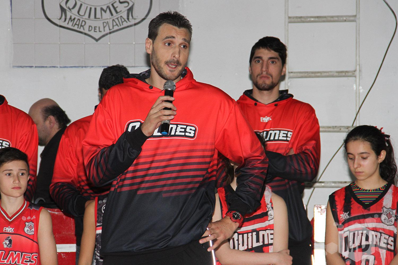 0c88a47997bc Quilmes presentó plantel y camiseta | Marca Deportiva